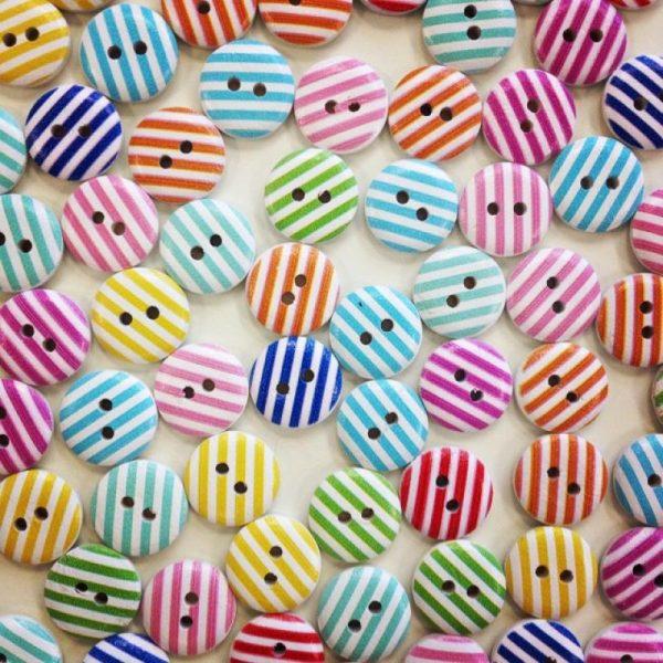 Plastic buttons